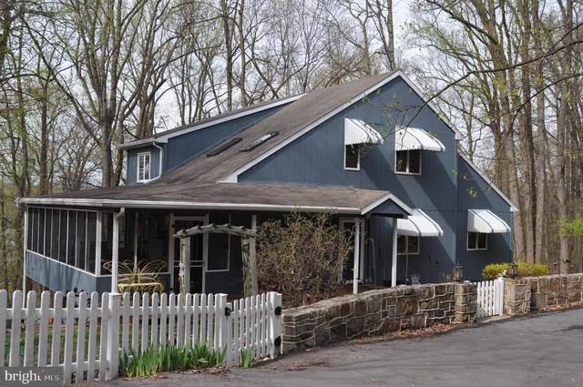 337 Berry Mountain Road, MILLERSBURG, PA 17061 (#PADA132214) :: The Jim Powers Team