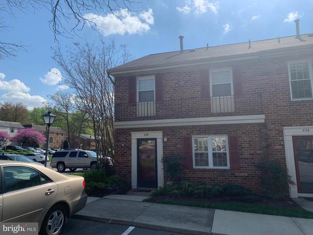 828 College Parkway #9, ROCKVILLE, MD 20850 (#MDMC753430) :: Dart Homes