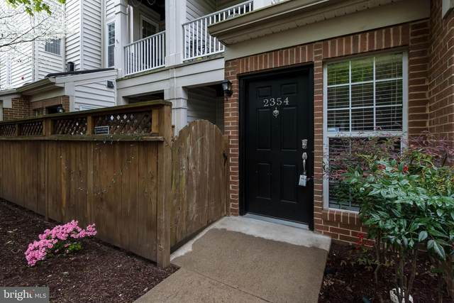 2354 Garnett Drive, ALEXANDRIA, VA 22311 (#VAAX258538) :: Jacobs & Co. Real Estate