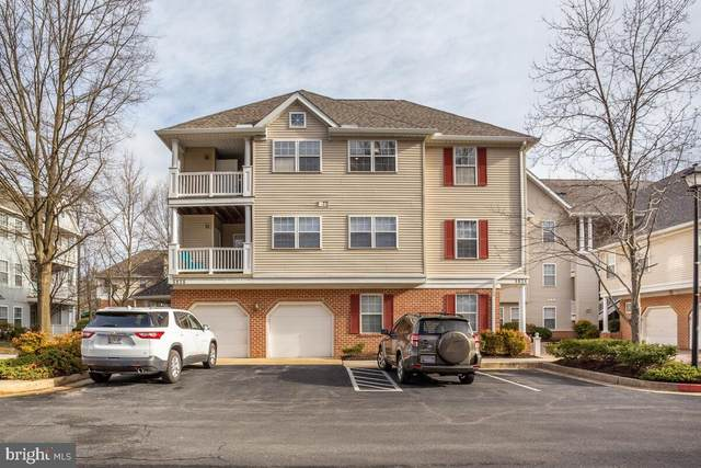 5834 Wyndham Circle #301, COLUMBIA, MD 21044 (#MDHW293170) :: Jacobs & Co. Real Estate