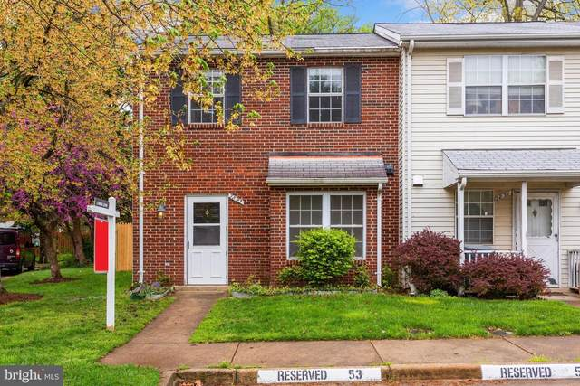 2833 Lee Landing Court, FALLS CHURCH, VA 22043 (#VAFX1194320) :: Advon Group