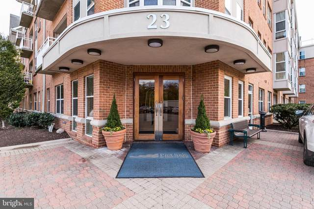 23 Pierside Drive T16, BALTIMORE, MD 21230 (#MDBA547524) :: VSells & Associates of Compass