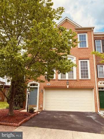7994 Thomas Nevitt Street, LORTON, VA 22079 (#VAFX1194394) :: The Riffle Group of Keller Williams Select Realtors