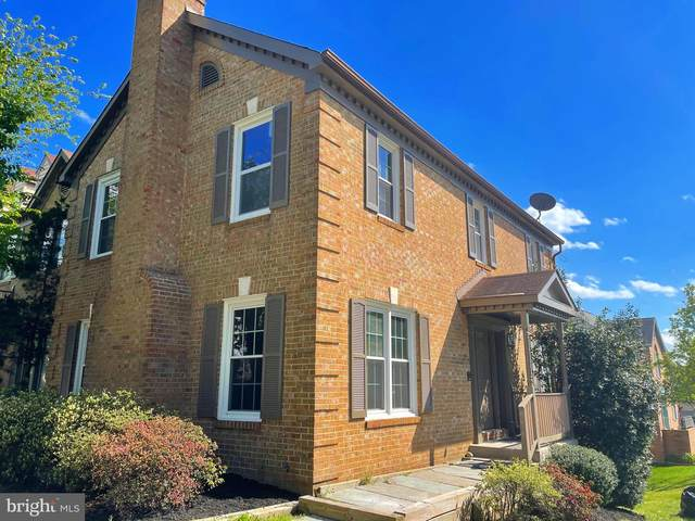 6015 Bradmore Street, ALEXANDRIA, VA 22315 (#VAFX1194408) :: The Putnam Group