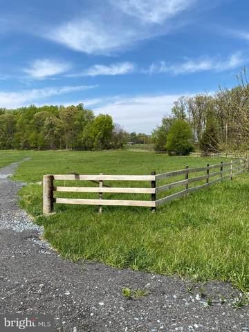 18450 Cattail Road, POOLESVILLE, MD 20837 (#MDMC753818) :: Potomac Prestige