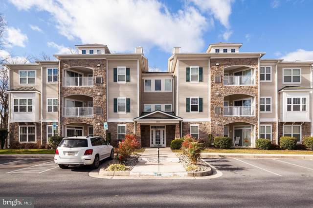 302 Wyndham Circle B, OWINGS MILLS, MD 21117 (#MDBC526008) :: BayShore Group of Northrop Realty