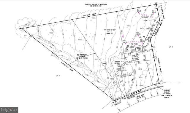 8423 Brook Road, MCLEAN, VA 22102 (#VAFX1194504) :: Debbie Dogrul Associates - Long and Foster Real Estate