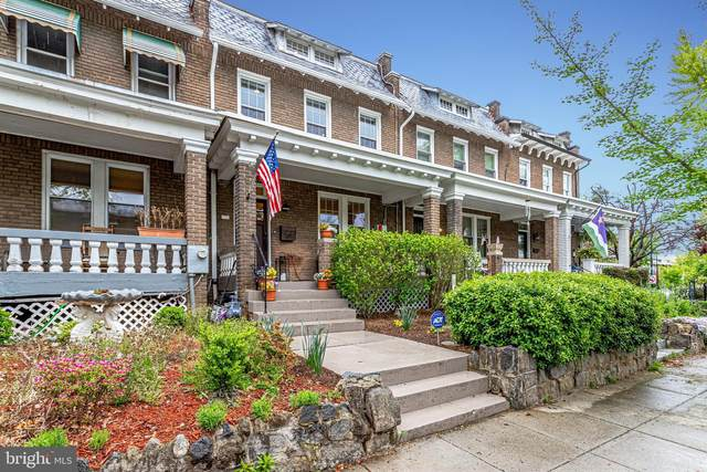 1736 Bay Street SE, WASHINGTON, DC 20003 (#DCDC517940) :: Bruce & Tanya and Associates