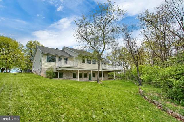 30 E Slate Hill Road, CARLISLE, PA 17013 (#PACB134082) :: The Joy Daniels Real Estate Group