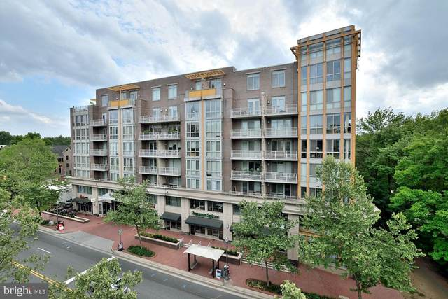 513 W Broad Street #506, FALLS CHURCH, VA 22046 (#VAFA112060) :: Arlington Realty, Inc.
