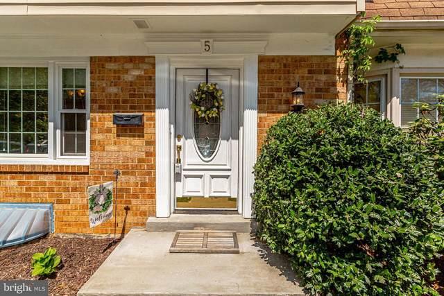 5 Hibiscus Court 2-3, GAITHERSBURG, MD 20878 (#MDMC754296) :: Dart Homes