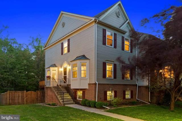 12714 Wimbley Lane, WOODBRIDGE, VA 22192 (#VAPW520464) :: Dart Homes