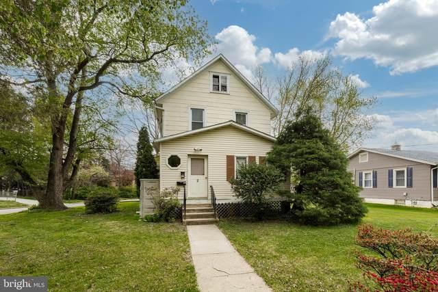 2 Elmwood Avenue, NORWOOD, PA 19074 (#PADE544240) :: The John Kriza Team