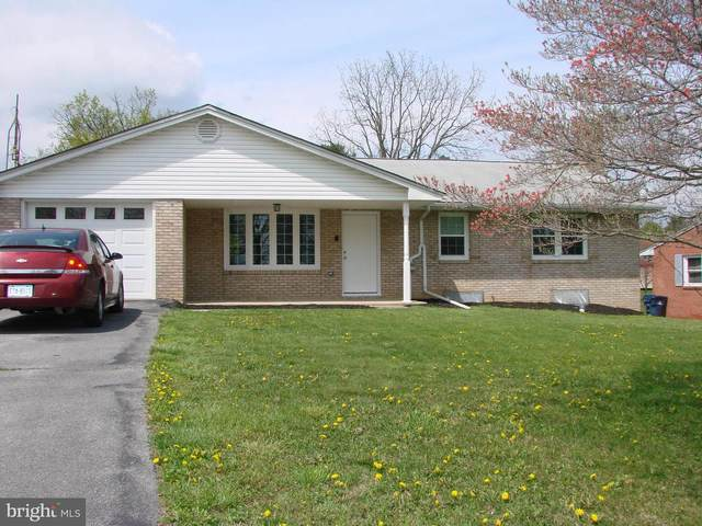 1249 Woodland Parkway, WAYNESBORO, PA 17268 (#PAFL179398) :: The Heather Neidlinger Team With Berkshire Hathaway HomeServices Homesale Realty