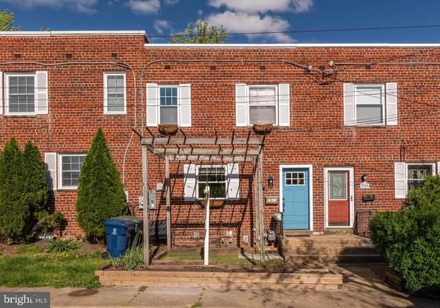2945 Sycamore Street, ALEXANDRIA, VA 22305 (#VAAX258826) :: The Vashist Group
