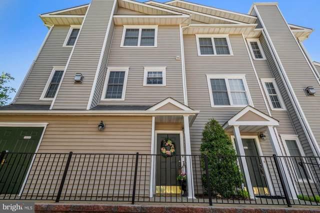 4533 Superior Square, FAIRFAX, VA 22033 (#VAFX1195712) :: Dart Homes