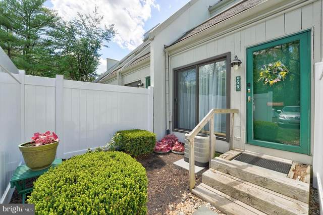 569 Summit House, WEST CHESTER, PA 19382 (#PACT534566) :: REMAX Horizons