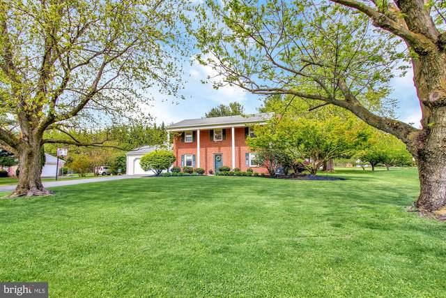 1318 Greenbriar Road, YORK, PA 17404 (#PAYK157066) :: The Joy Daniels Real Estate Group