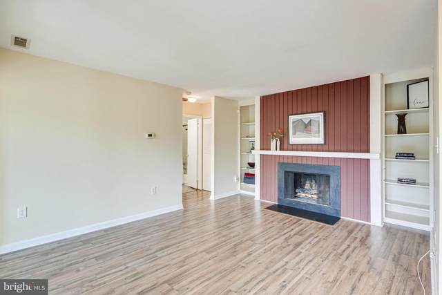 10564 Twin Rivers Road F-1, COLUMBIA, MD 21044 (#MDHW293608) :: VSells & Associates of Compass