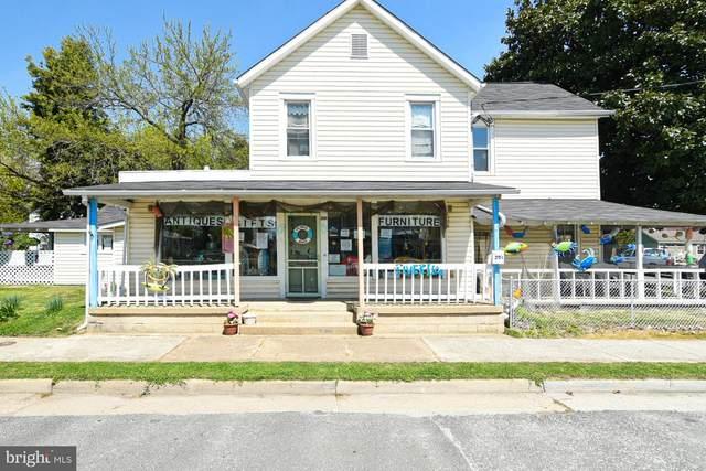 201 Colonial Avenue, COLONIAL BEACH, VA 22443 (#VAWE118280) :: Corner House Realty