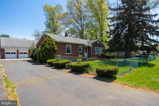 881 East Drive, BORDENTOWN, NJ 08505 (#NJBL396318) :: Rowack Real Estate Team