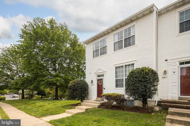 6809 Signature Circle, ALEXANDRIA, VA 22310 (#VAFX1196528) :: The Riffle Group of Keller Williams Select Realtors