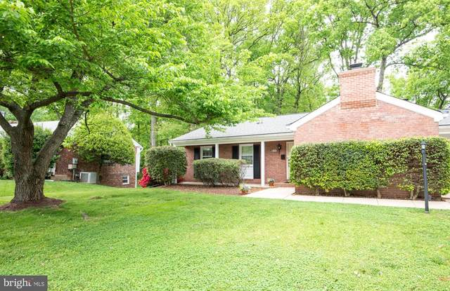 6152 Roxbury Avenue, SPRINGFIELD, VA 22152 (#VAFX1196608) :: Dart Homes
