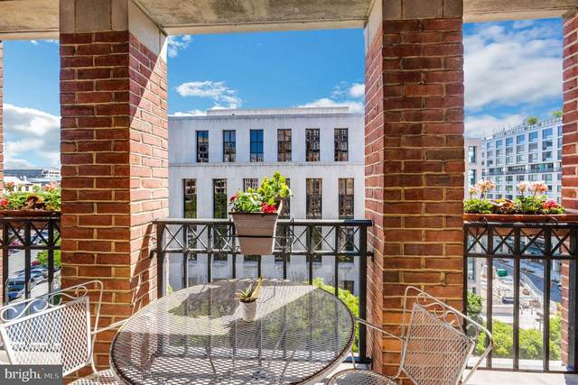 601 Pennsylvania Avenue NW #705, WASHINGTON, DC 20004 (#DCDC519026) :: Corner House Realty