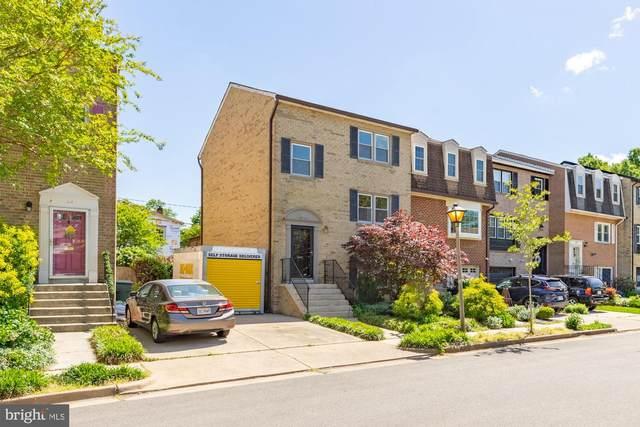 8 W Chapman Street, ALEXANDRIA, VA 22301 (#VAAX259034) :: Blackwell Real Estate