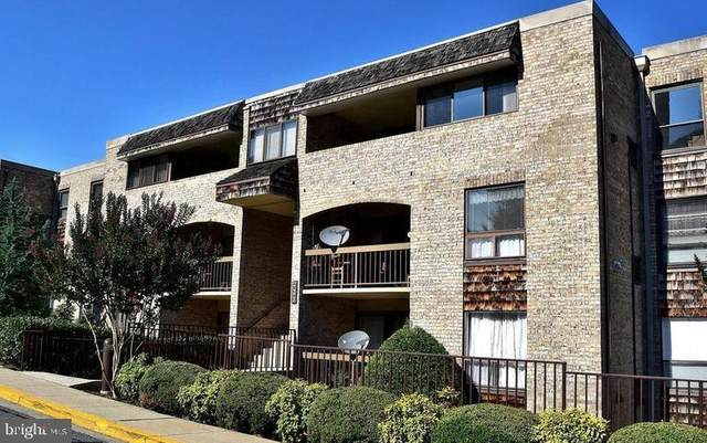 411 Christopher Avenue 72 (T1), GAITHERSBURG, MD 20879 (#MDMC755532) :: Dart Homes