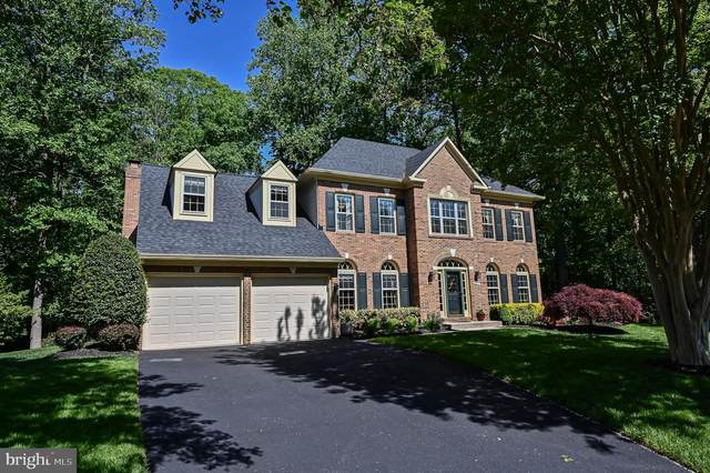 8606 Cross View, FAIRFAX STATION, VA 22039 (#VAFX1197028) :: The Riffle Group of Keller Williams Select Realtors