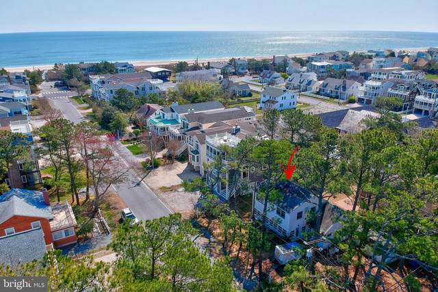 120 Oakwood Street, BETHANY BEACH, DE 19930 (#DESU182004) :: CoastLine Realty