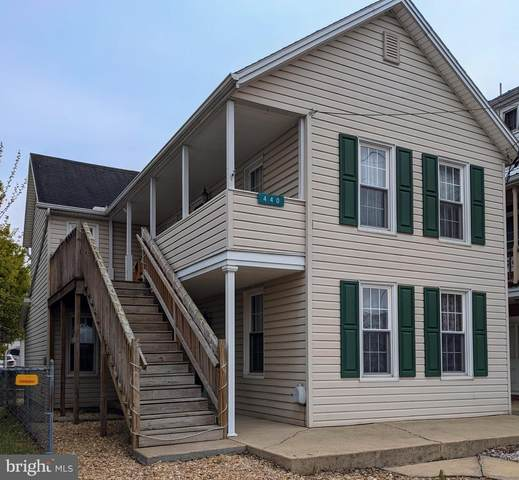440 East Queen, CHAMBERSBURG, PA 17201 (#PAFL179560) :: Corner House Realty