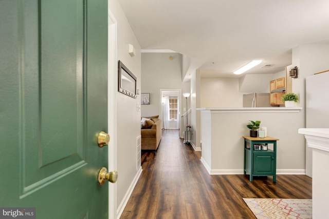 1060 Gardenview Loop #401, WOODBRIDGE, VA 22191 (#VAPW521190) :: Bruce & Tanya and Associates