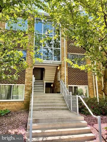 8001 Chanute Place #15, FALLS CHURCH, VA 22042 (#VAFX1197824) :: Corner House Realty