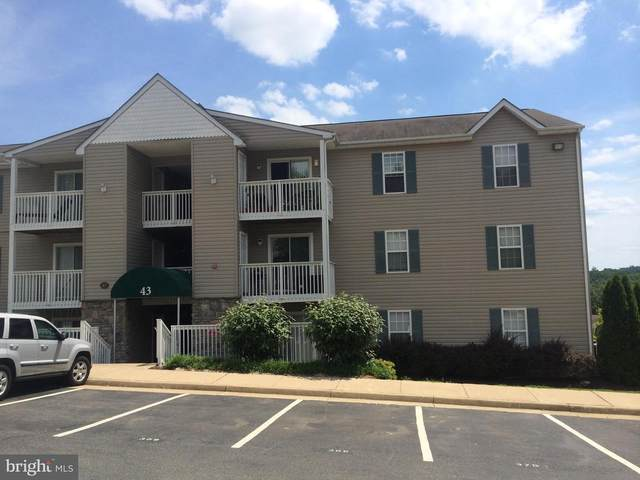 43 White Pine Circle #303, STAFFORD, VA 22554 (#VAST231906) :: Dart Homes