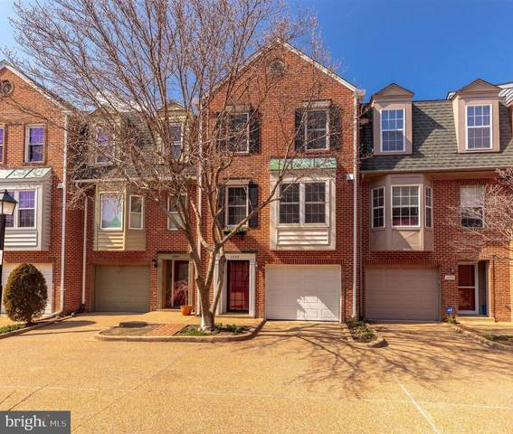 1255 Madison Street, ALEXANDRIA, VA 22314 (#VAAX259208) :: Dart Homes