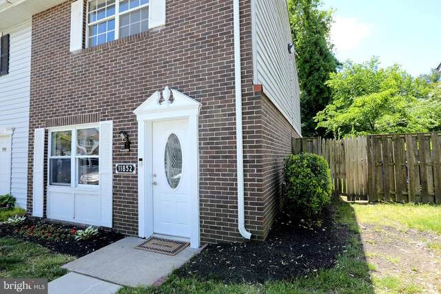 11852 Oak Manor Drive #24, WALDORF, MD 20601 (#MDCH224286) :: The Maryland Group of Long & Foster Real Estate