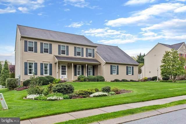960 Castle Pond Drive, YORK, PA 17402 (#PAYK157648) :: Liz Hamberger Real Estate Team of KW Keystone Realty