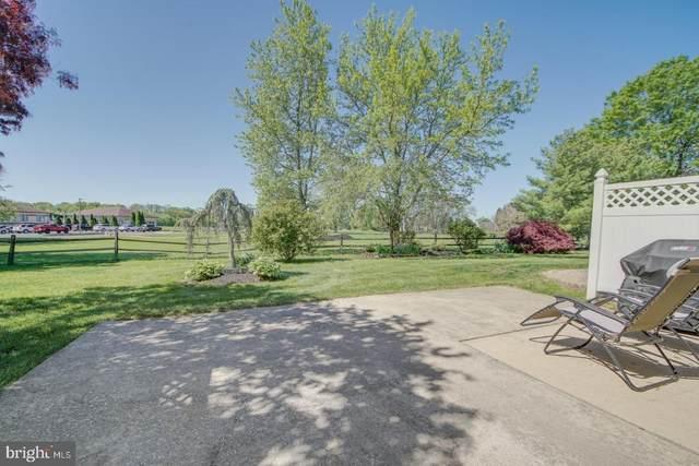 29 Greens Way, BLACKWOOD, NJ 08012 (MLS #NJCD419032) :: Kiliszek Real Estate Experts