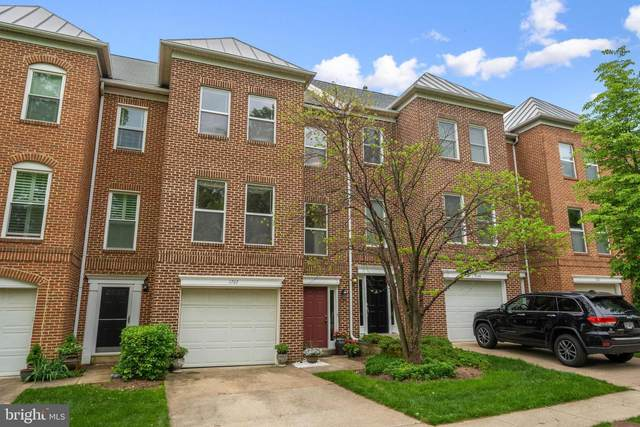 1707 Blue Flint Court, RESTON, VA 20190 (#VAFX1198426) :: LoCoMusings
