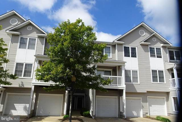 4570 Superior Square, FAIRFAX, VA 22033 (#VAFX1198472) :: Nesbitt Realty