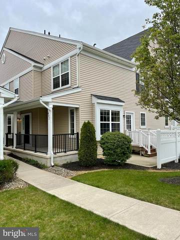 402 Lexington Mews, WOOLWICH TWP, NJ 08085 (#NJGL275056) :: The Dailey Group