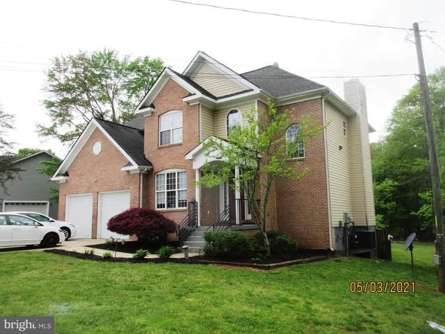 8010 Maplewood Drive, MANASSAS, VA 20111 (#VAPW521688) :: The Sky Group