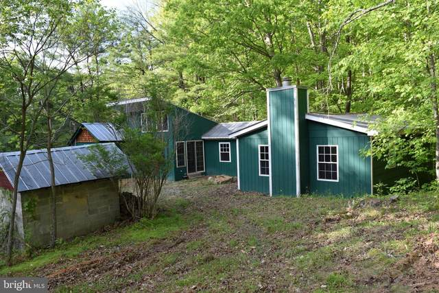 9535 Cacapon Road, GREAT CACAPON, WV 25422 (#WVMO118424) :: The Riffle Group of Keller Williams Select Realtors