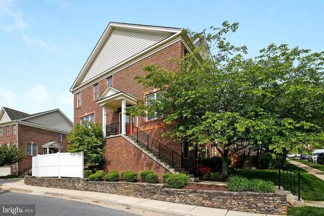 22100 Havenworth Lane, CLARKSBURG, MD 20871 (#MDMC756758) :: Dart Homes