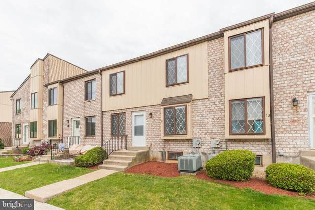 5200 Hilltop Drive Aa12, BROOKHAVEN, PA 19015 (#PADE545368) :: The John Kriza Team