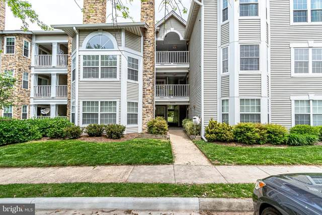 5605 Willoughby Newton Drive #22, CENTREVILLE, VA 20120 (#VAFX1198890) :: AJ Team Realty