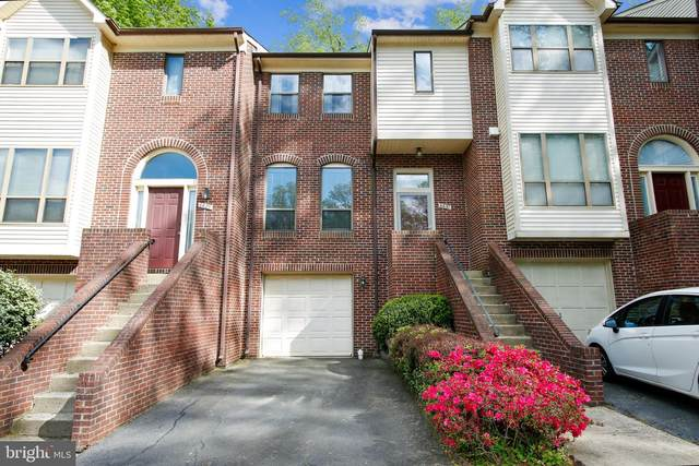 6631 Westbury Oaks Court, SPRINGFIELD, VA 22152 (#VAFX1198954) :: The Redux Group