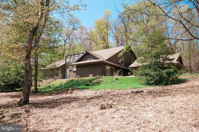1812 Fox Hunt Lane, HARRISBURG, PA 17110 (#PADA132992) :: Potomac Prestige